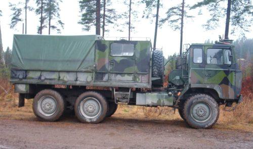 Terrängbil 40 med personalhytt Foto: ©2003 Andreas Karlsson