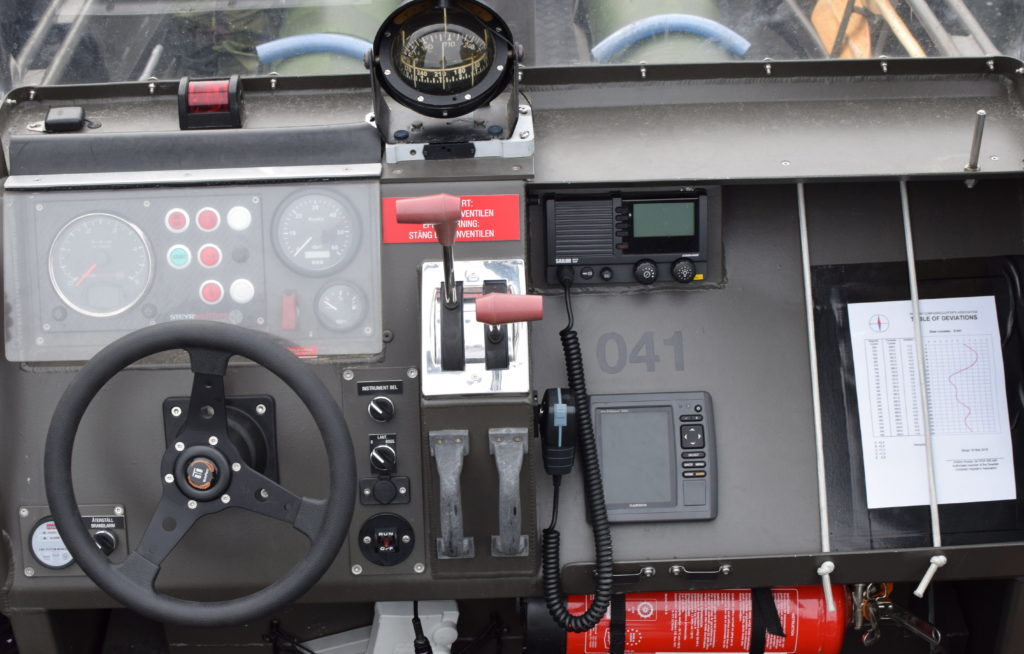 Steering console and navigation instruments